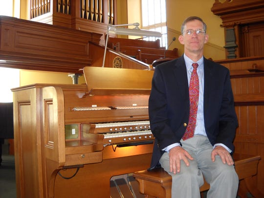 Organist Geoffrey Myers will play at the St. George Tabernacle on Saturday.