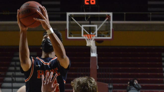 Hope College's Evan Thomas had 24 points against Albion on Monday.