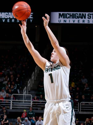 Michigan State's Tori Jankoska shoots against Michigan Wednesday, Feb. 3, 2016, in Haslett, Mich. Michigan State won 85-64.