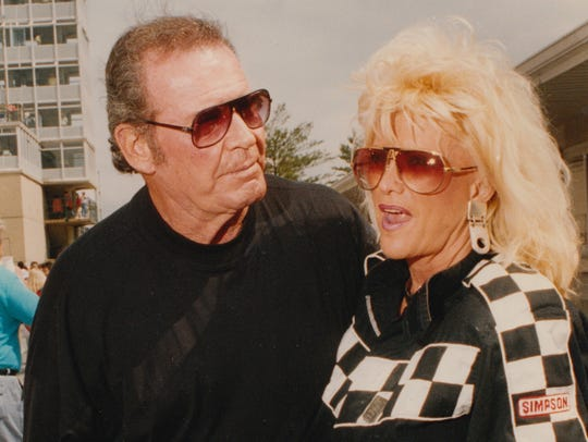 James Garner greets spokesmodel Linda Vaughn at Indianapolis
