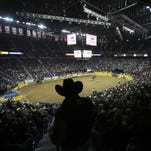 NFR: Dustin Bird grabs all-around lead