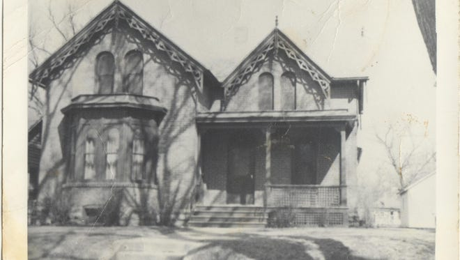 Lura Roti's home in the Historic Cathedral District in its early years.
