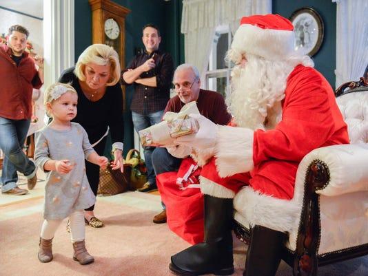 Notar family hosts 45th annual Santa visit at his home