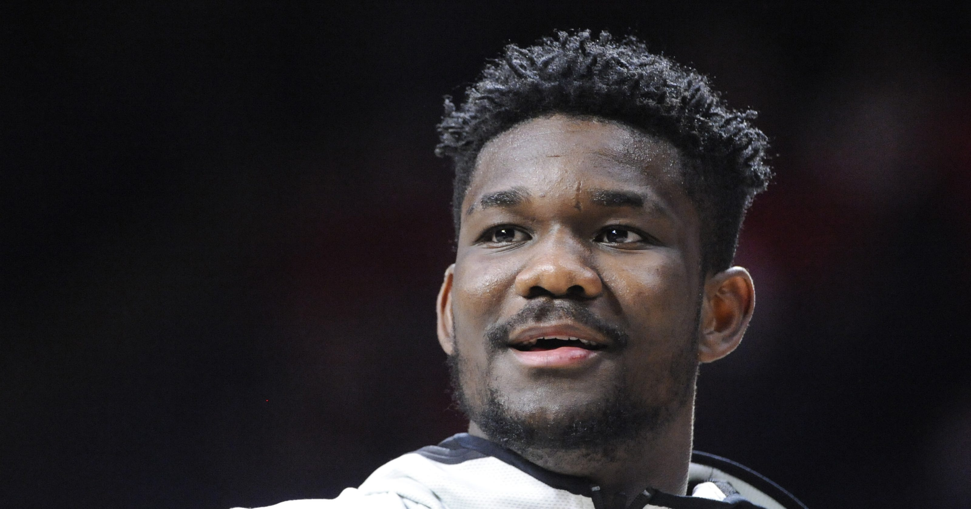 1f0cc1b5a96 Former shoe consultant says he paid Deandre Ayton s family