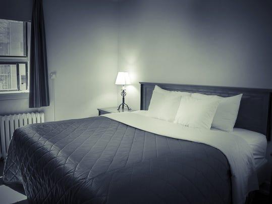 APC f FF frugal affordable bedroom 0214.jpg