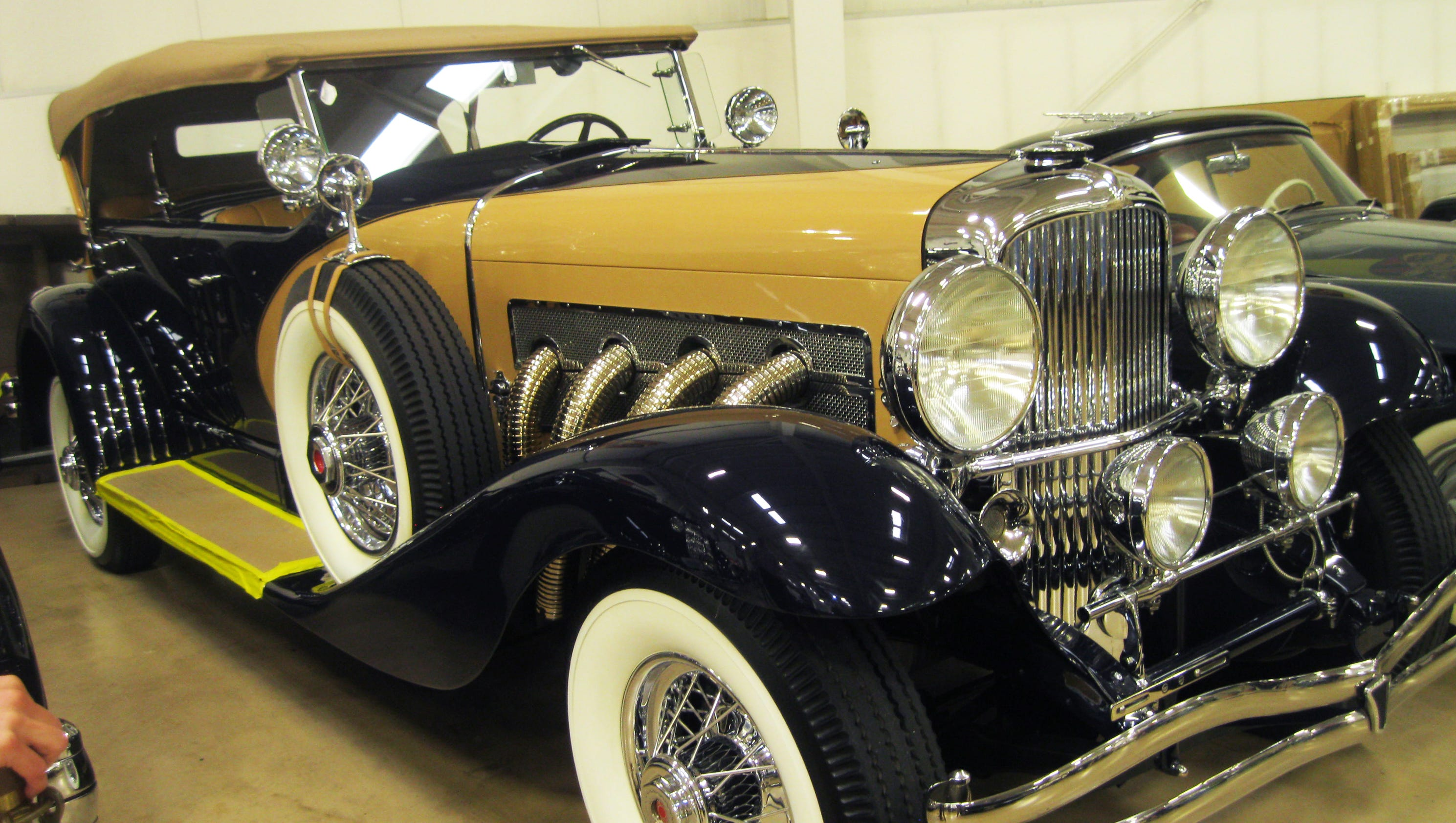 Preview rm sotheby s motor city classic car auction Motor city car auction