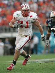 Going in as underdogs, Owen Daniels and the Badgers