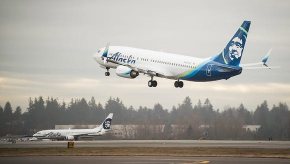An Alaska Airlines Boeing 737-800 painted with the