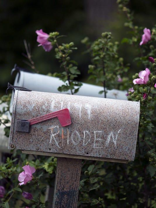 051617rhoden-family-mailboxes.jpg
