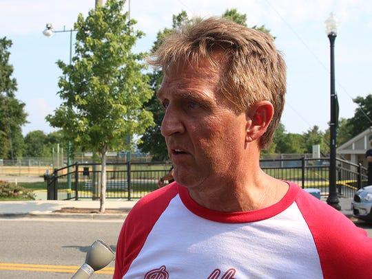 Sen. Jeff Flake talks about the congressional baseball