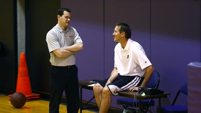 Suns players were not responding to Jeff Hornacek to prompt his firing as head coach Monday, Suns general manager Ryan McDonough told Arizona Sports 98.7 FM in a Tuesday morning interview.