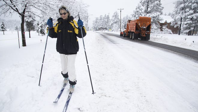Joan Graboski heads home on  Jan. 6, 2016, after skiing to the Munds Park Post Office to pick up her mail.