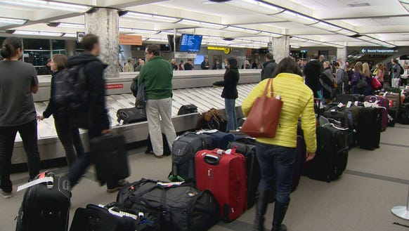 United Passengers Complain Of Baggage Woes In Denver