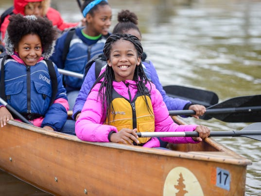 636619136979526215-Buddy-Bison-students-from-Washington-School-for-Girls-paddle-on-the-Anacostia-River-MD-Photo-courtesy-of-National-Park-Trust.jpg