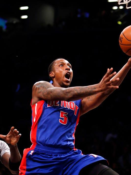 635547915184282813-AP-Pistons-Nets-Basketball-N
