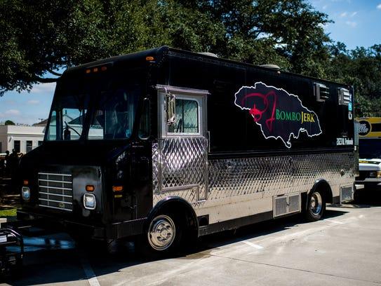 E S Kitchen Food Truck Roundup