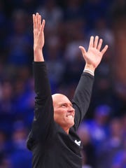 Rex Chapman cheers at a 2017 UK game.