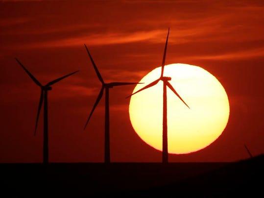 -WDHBrd_04-11-2014_Herald_1_B006~~2014~04~10~IMG_Kansas_Sunset.jpg_4_1_RG712.jpg