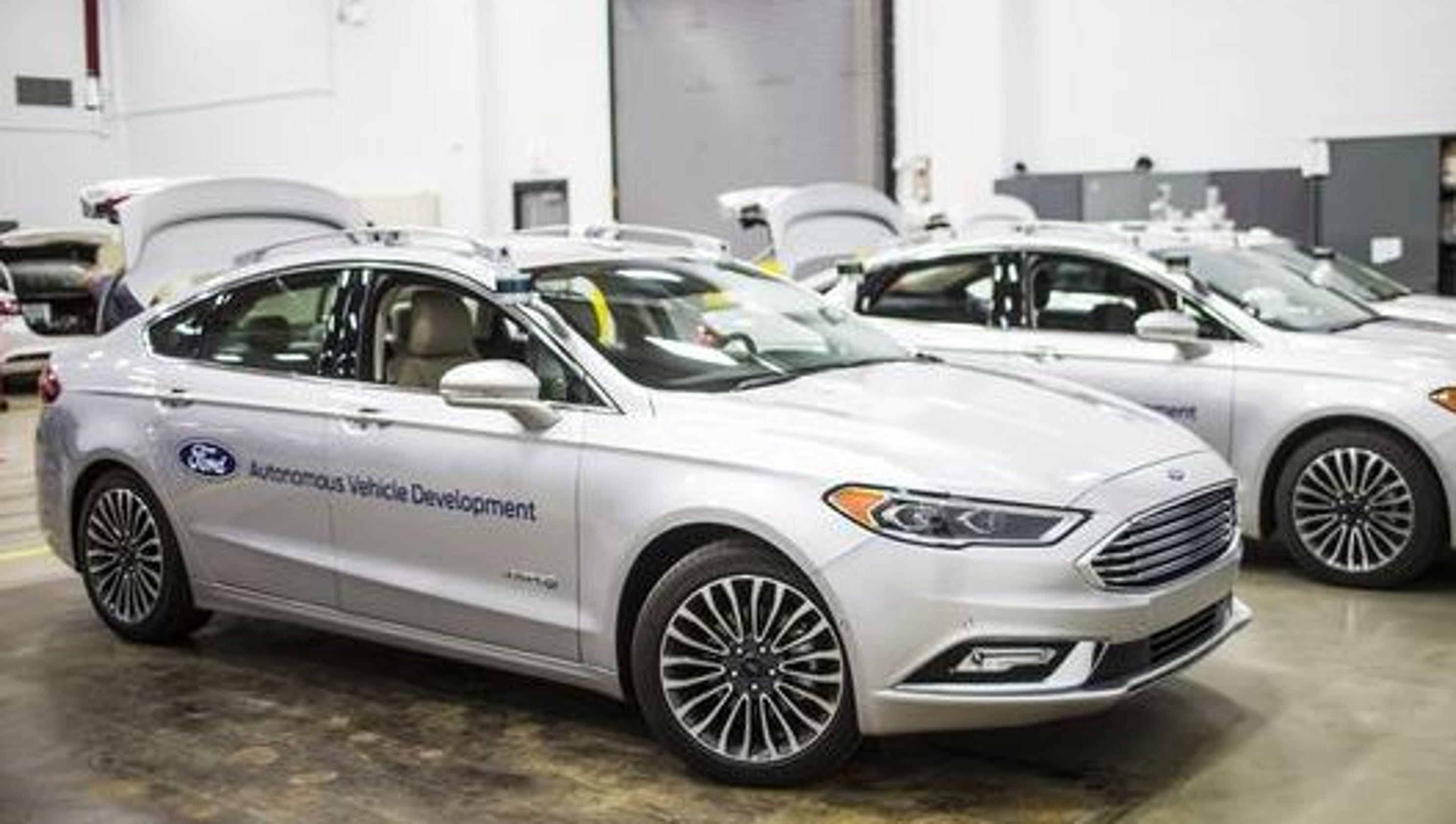 Brain in the trunk: Ford to unveil next self-driving car