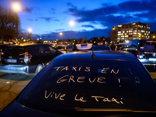 EPA FRANCE TAXI UBER PROTEST POL CITIZEN INITIATIVES & RECALL FRA