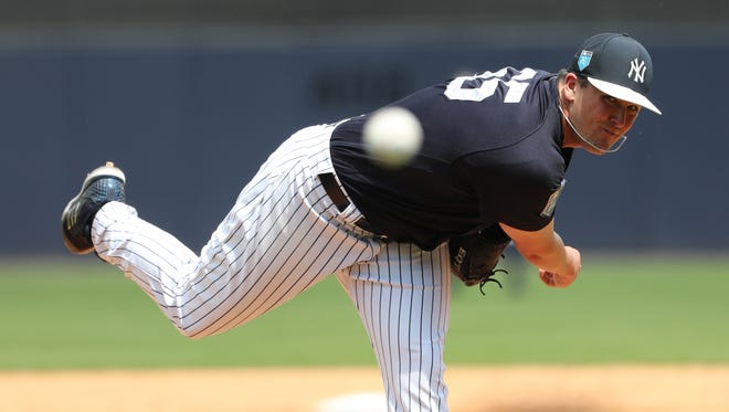Relief pitcher Jonathan Holder appears to have filled the final spot on the Yankees' 25-man roster.