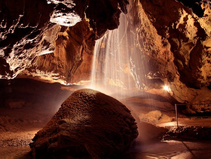 Tuckaleechee Caverns – a family-owned attraction south