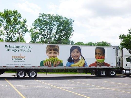 636069415372970036-WRTBrd-06-30-2016-Tribune-1-A003--2016-06-29-IMG-Feeding-America-mobi-1-1-3JERC8F0-L837224610-IMG-Feeding-America-mobi-1-1-3JERC8F0.jpg