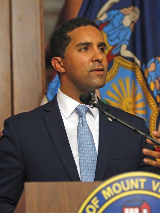 Mayor Richard Thomas