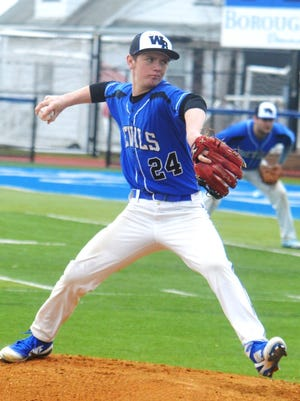 Pitcher Liam Winslow and Wood-Ridge won 13 of their first 14 games to qualify automatically for the 2018 Bergen County baseball tournament.