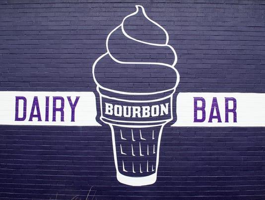 HES-DR-061417-Bourbon