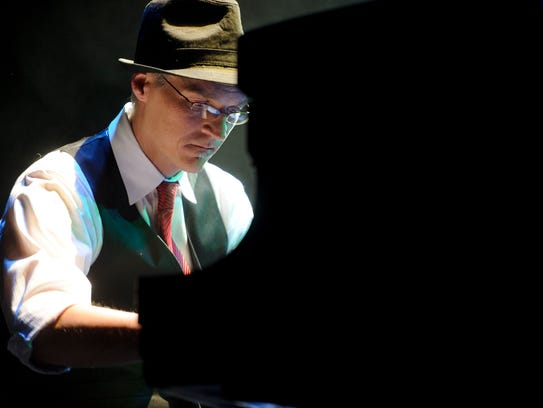 Joe Trainor performs the songs of Billy Joel at the