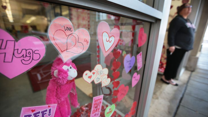 1,000 Words: Things to know about Valentine's Day
