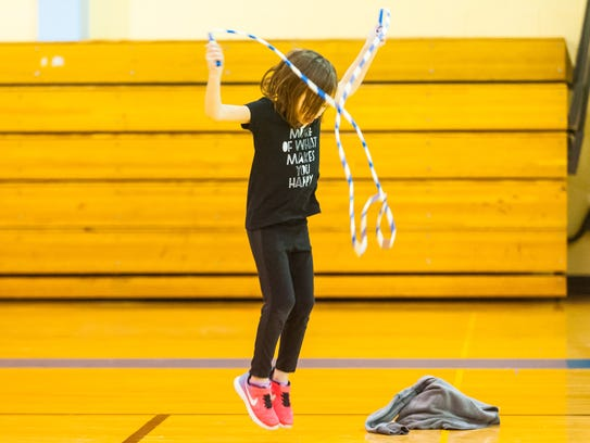 Melanie Mendolera jump ropes for Jump Rope for Heart
