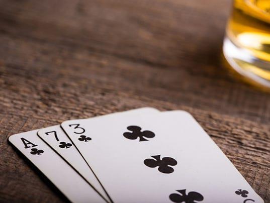 635912236371568614-poker3.jpg