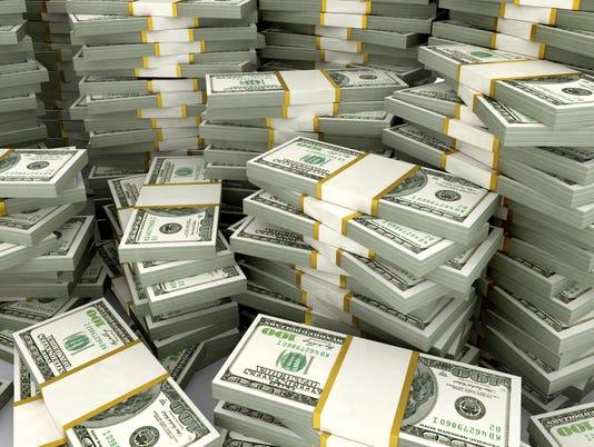 Investing: 2 men save same, end up $234K apart