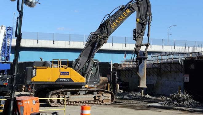 Deconstruction of the Tappan Zee Bridge overpass at River Road in Grand View-on-Hudson Oct. 31, 2017.