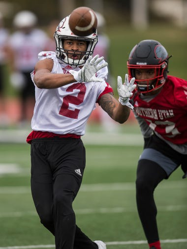 Wide receiver Bryan Beckon catches the ball during