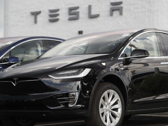 2018 Tesla Model X,r m