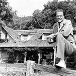 Pounding pulpits and capturing hearts, Billy Graham was minister to millions