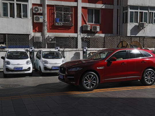 Electric Cars Getting Charged Up (2)