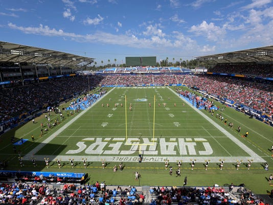 USP NFL: SAN FRANCISCO 49ERS AT LOS ANGELES CHARGE S FBN LAC SF USA CA