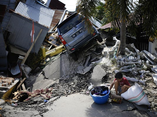APTOPIX Indonesia Earthquake