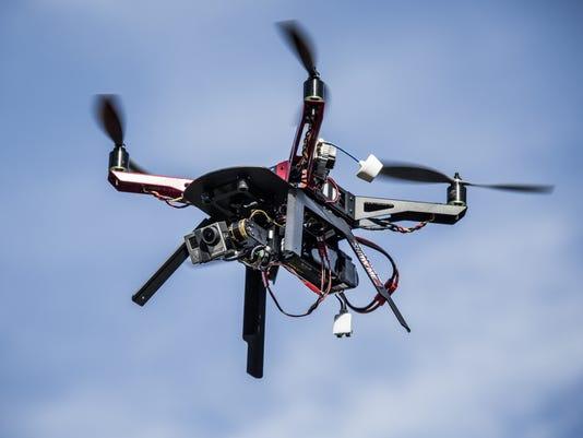 XXX THE-DRONE-ECONOMY10.JPG USA CA