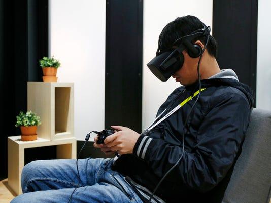 TEC--VR-Oculus+Rift-F_Long.jpg