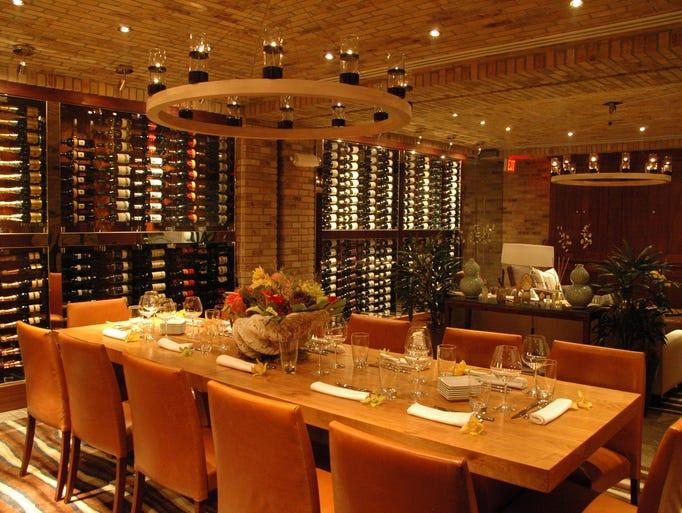 Orlando florida wine destinations for Best private dining rooms orlando