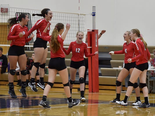 636434034792627862-DCA-0913-volleyball-quad-sturgeon-bay-1.jpg