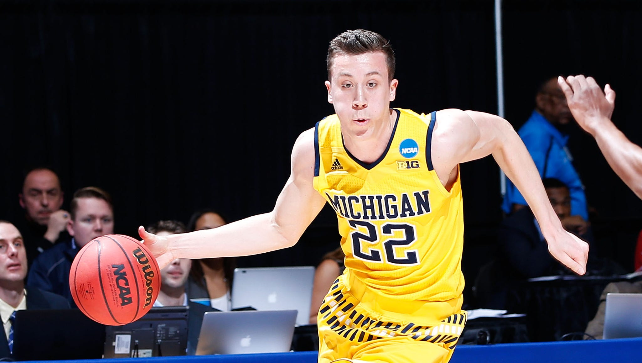 Breaking Down The Michigan Hoops Roster Entering 2016 17