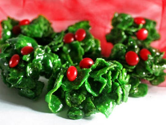 2010 Holly Cookies