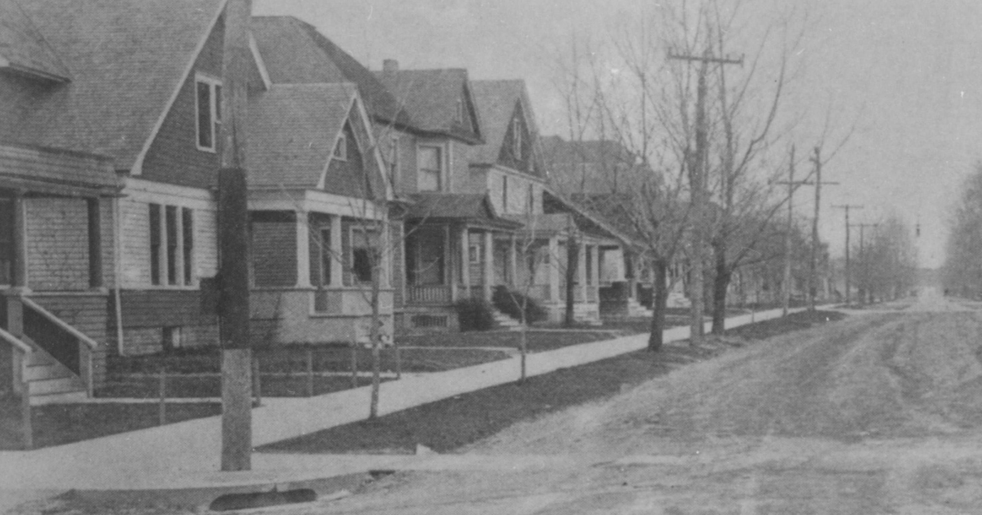 Among various styles, some houses were just EJ homes on 1890 ranch homes, 1890 folk victorian homes, 1890 american homes, 1890 colonial revival homes,