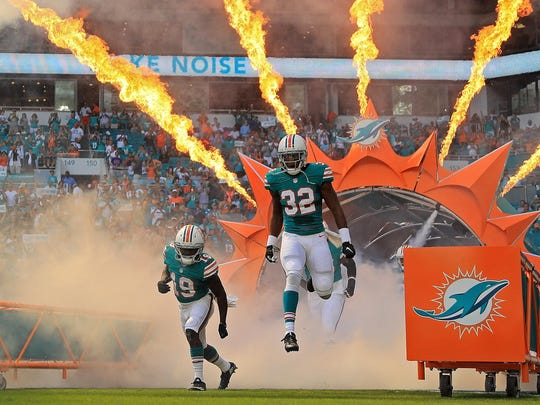*** BESTPIX *** Buffalo Bills v Miami Dolphins